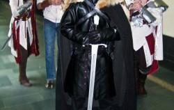 costume-and-props-2--UDU2Ny0xMjgxOTAuNDg1MzYy